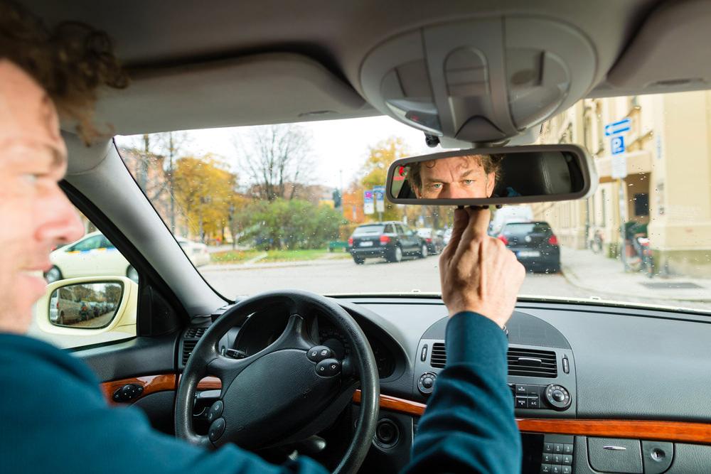работа в такси через специальное ПО